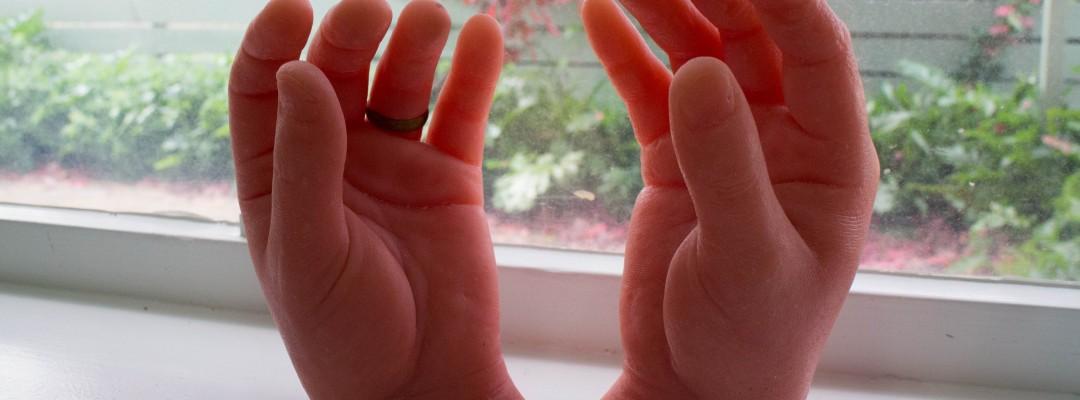 Artificial hands